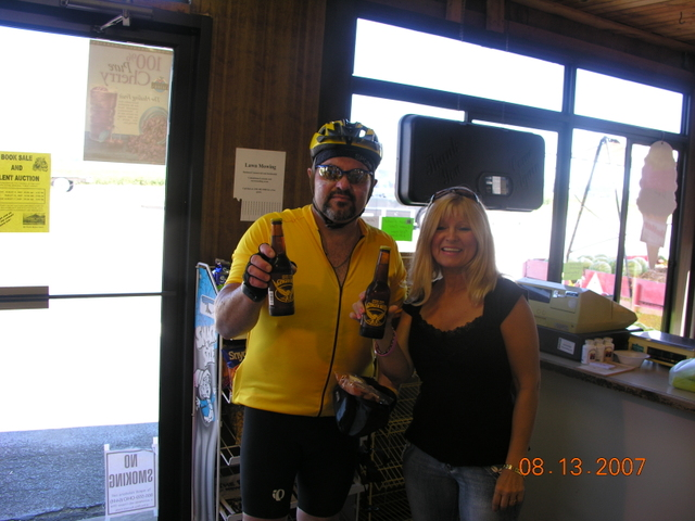 Robb MacKenzie with Carol Rhodes at yet another produce stop!!  Soda anyone?!